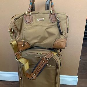 Rare Tumi Georgetown collection matching carry-on